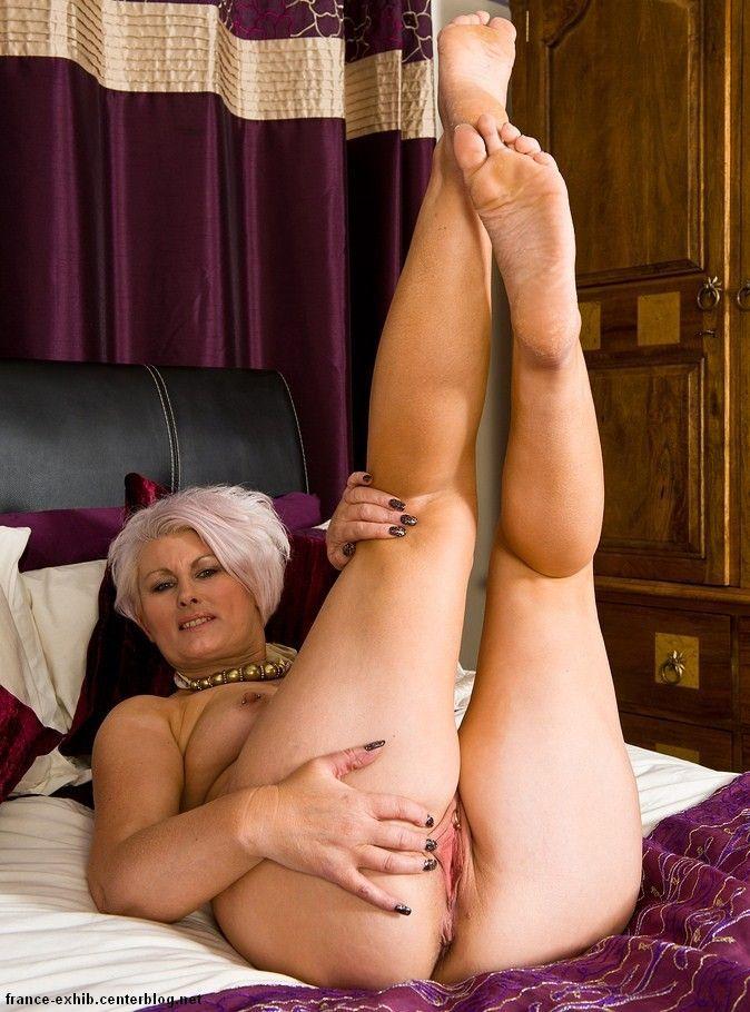 granny mature nude